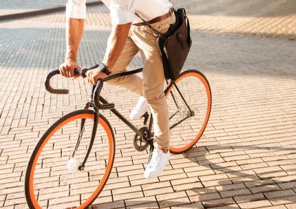 Att cykla eller gå ger absolut minst utsläpp.